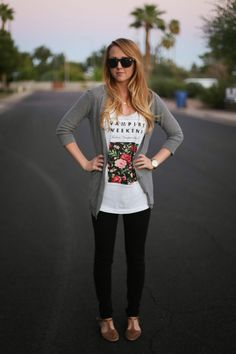 MODEST WEAR. This girl has so many cute and modest outfits!!