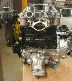 Mini Cooper Classic, Classic Mini, Mini Morris, Mechanical Engineering, Small Cars, Minis, British, Racing, Retro