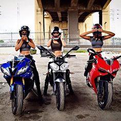 ・・・ 🙊🙉🙈 Speak no evil, hear no evil, see no evil. Ducati, Biker Boys, Biker Girl, Motorbike Girl, Motorcycle Bike, Bike Photoshoot, Honda, Bike Photography, Dirt Bike Girl