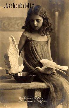 German vintage postcard - fairy tale photography for Aschenbrödel (Cinderella)                                                                                                                                                                                 Mehr