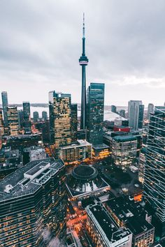 Landscape City Country Style Original Wallpaper Background - Best of Wallpapers for Andriod and ios Toronto Photography, City Photography, City Aesthetic, Travel Aesthetic, Places To Travel, Places To Go, Toronto Travel, City Vibe, City Wallpaper