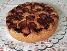 Slivkový koláč podľa New York Times (fotorecept) - Recept New York Times, Waffles, Breakfast, Desserts, Basket, Morning Coffee, Tailgate Desserts, Deserts, Waffle