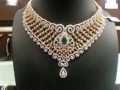 Watch here the latest designs of Diamond choker models in this video. You are watching top 75 models of Diamond choker sets for all occassions like weddings . Diamond Necklace Set, Diamond Choker, Diamond Jewellery, Gold Necklace, Jade Jewelry, India Jewelry, Bridal Jewelry, Expensive Jewelry, Necklace Designs