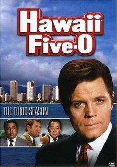 Hawaii Five-O : An American TV series about the investigations of Hawaii an elite branch of the Hawaii State Police answerable only to the governor and headed by stalwart Steve McGarrett played by Jack Lord. Hawaii Five O, Hawaii Hawaii, Hawaii Travel, Childhood Tv Shows, My Childhood Memories, Mejores Series Tv, O Tv, Capas Dvd, Nostalgia