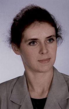 """Barbara Szymoniak, nauczycielka języka niemieckiego, koordynatorka projektu """"Opracowanie wspólnej platformy pracy dla stworzenia urządzenia elektropneumatycznego""""."""