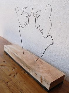 faces in wire - LOVE this, these are exactly the kind of line art I enjoy - why…