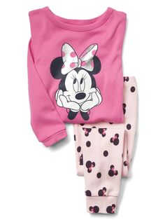 Shop Gap for comfortable and adorable baby girl pajamas. Find pajamas sets for baby girls, footed one-piece styles and robes in a variety of colors and prints. Cute Outfits For Kids, Toddler Girl Outfits, Toddler Fashion, Boy Outfits, Cute Pajama Sets, Cute Pajamas, Girls Pajamas, Newborn Boy Clothes, Baby Kids Clothes