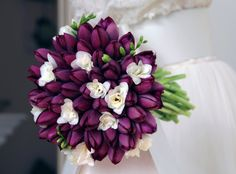 spring flowers for wedding bouquets Pink Green Wedding, Spring Wedding Flowers, Bridal Flowers, Flower Bouquet Wedding, Flower Bouquets, Purple Orchid Bouquet, Purple Orchids, Tulip Bouquet, Purple Tulips