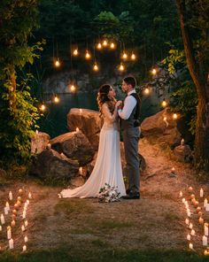 Wedding Planner Guide: 50 Reasons You Need a Wedding Planner - Wedding Masterclass Elope Wedding, Wedding Couples, Wedding Pictures, Wedding Ceremony, Dream Wedding, 2017 Wedding, Spring Wedding, Diy Wedding, Wedding Favors