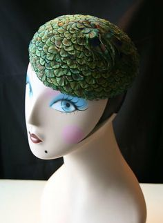 Peacock feathered beret, made by me.
