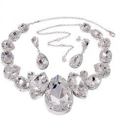 Set de bijuterii de mireasa http://www.bijuteriifrumoase.ro/cumpara/barbara-set-2406
