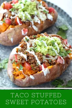 Taco Stuffed Sweet Potatoes are my healthy dinner go-to! They are so delicious and ready super fast, too.These Taco Stuffed Sweet Potatoes are my healthy dinner go-to! They are so delicious and ready super fast, too. Healthy Dinner Recipes For Weight Loss, Good Healthy Recipes, Dinner Healthy, Recipes Dinner, Healthy Fats, Healthy Dishes, Healthy Meal Prep, Nutritious Food Recipes, Fast Healthy Dinners