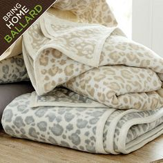 The temperature's dropping, so it's time for some serious fireside lounging. If you've got a bookworm in your life, they'll love using this ultra-soft leopard fleece blanket all winter long.