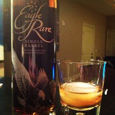 Trying out @eaglerarelife #bourbon - smack you in the face 1st taste, but mellows quickly. Would have guessed aged in Sherry barrels. Nice for $, a solid mixer for cocktails