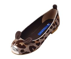 ok... I'm really tempted to invest in some bunny face shoes fora happy springtime...    http://shop.lebunnybleu.com/collections/ballet-flats/products/gray-bunnimal-ballet-flats