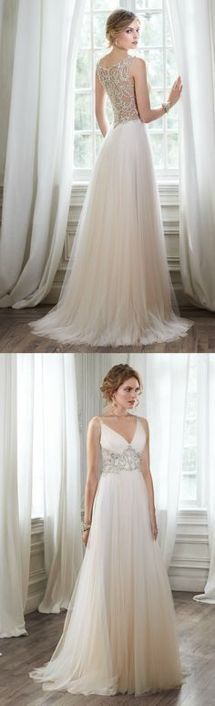Maggie Sottero Phyllis ~ The Moderne Bridal, Cork. Appointments: 1800 855 835