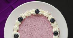 Esta tarta  es una de esas que nos da poco trabajo y además está buenísima, es fácil  y muy rapidita, en 15 min. la podemos tener preparada ...