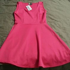 NWT the little pink dress A-line size medium New with tags - super cute little pink dress - great for almost any occasion. vibe Dresses