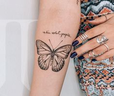 wonderful simple sleeves butterfly tattoo design ideas - wonderful design ideas for butterfly tattoos with simple sleeves - page 2 # tattoo - wonderful simple sleeves butterfly tattoo design ideas - wond Mini Tattoos, Trendy Tattoos, Unique Tattoos, New Tattoos, Small Tattoos, Butterfly Wing Tattoo, Butterfly Tattoos For Women, Butterfly Tattoo Designs, Piercing Tattoo