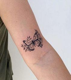 Dainty Tattoos, Dope Tattoos, Pretty Tattoos, Mini Tattoos, Girly Tattoos, Leg Tattoos, Body Art Tattoos, Small Tattoos, Sleeve Tattoos