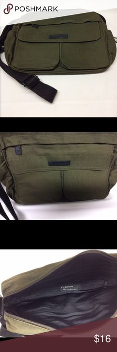 FRANKIE AND JOHNNIE DESIGNER HANDBAG REALLY GREAT MESSENGER BAG WITH LOTS OF POCKETS FOR ALL YOUR STUFF.  NICE OLIVE GREEN. VGC.  SMOKE AND PET FREE HOME. WILLING TO BUNDLE ITEMS. SEE PHOTOS FOR MORE DETAILS. Frankie & Johnnie Bags Shoulder Bags