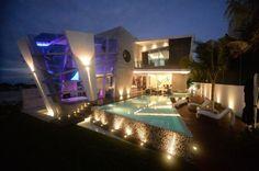 decoracao de interior: Casa Moderna e Futurista Com Muita Luz e Cor