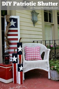 DIY Patriotic Shutte