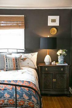 Design du Monde:  Guest room for the college student