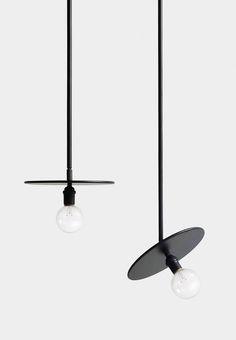 Pendant Lighting - Pendant lampade e Lampadari Lamp Design, Lighting Inspiration, Lamp, Modern Lighting Design, Ceiling Pendant Lights, Interior Lighting, Black Lamps, Pendant Lamp, Light Fixtures