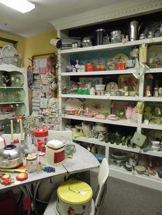 @Sara Sylvis   Arbor Antique Mall, Franklin TN 8.31.13