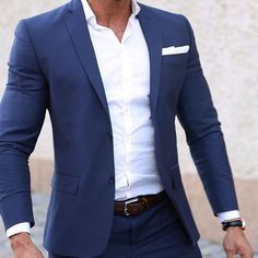 Suit and Tie Bulges Blazer Outfits Men, Stylish Mens Outfits, Men's Outfits, Blue Suit Men, Herren Style, Designer Suits For Men, Herren Outfit, Men Formal, Fashion Mode
