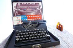 Vintage Underwood Working Typewriter with by ProsserBrosVtg, $134.50