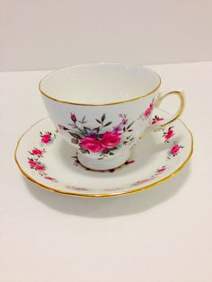 Queen Anne Fine Bone China Teacup And Saucer/Tiny Red Roses