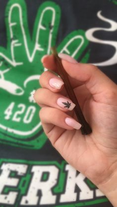 #stoner #stoned #weed #stonednails #weed #weednails #nails