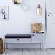 {НОВИНКИ}: Функциональная скамейка PHONE в стиле 50-х - идеально подойдет для использования при входе в ваше помещение, чтобы присесть и хранить ваши вещи.✌️ #bodeco #bodecoru #bodecoмебель #bodecoскамейка #скамейка #мебель #мебельиздании #датскийдизайн #скандинавскийдизайн #мебельдлядома