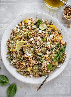 summer squash basil farro salad Summer Recipes, Easy Dinner Recipes, Slow Roasted Tomatoes, Farro Salad, Grain Salad, Lemon Vinaigrette, Summer Squash, Best Chicken Recipes, How Sweet Eats