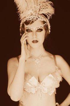 See the top five burlesque dancers of the decade http://www.burlexe.com/five-1920s-burlesque-icons/