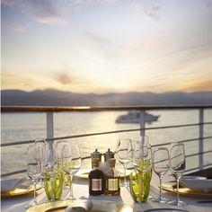 Buon Appetito ! Nous sommes au restaurant italien La Terrazza à bord de Silversea Cruises @silverseacruises