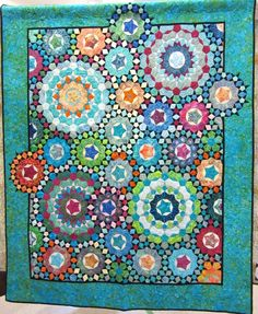 La Passacaglia quilt - photo from .no info given. Millefiori Quilt Pattern, Millefiori Quilts, Paper Piecing Patterns, Quilt Block Patterns, Quilt Blocks, Quilting Projects, Quilting Designs, Kaleidoscope Quilt, Colorful Quilts