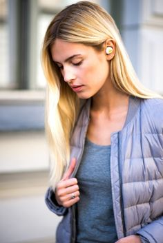 World's first wirelessly charged earbuds by Truu — Kickstarter