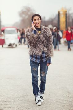 Liu Wen #offduty at Paris #fashion week #PFW #streetstyle #model #moda #modelo