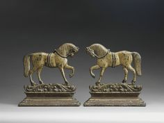 Pair of Trotting Horses Mantel Figures - Robert Young Antiques