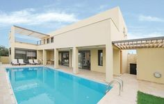 Holiday Home Rethymno Crete 03 Rethymno Crete Situated in Sfakaki in the Crete Region, this holiday home is 48 km from Heraklio Town. The air-conditioned unit is 15 km from Bali. Free WiFi is featured throughout the property and free private parking is available on site.