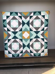 Modern Quilting Designs, Modern Quilt Patterns, Beginner Quilt Patterns Free, Modern Baby Quilts, Free Baby Quilt Patterns, Modern Quilt Blocks, Quilt Designs, Loom Patterns, Quilting Patterns