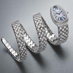 High Jewelry, Women Jewelry, Jewellery, Divas, Diamonds And Gold, Gold Set, Gold Watch, Gq, Diamond Cuts