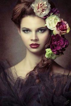 Beautiful portrait & make up Flower Headdress, Floral Headpiece, Portrait Photography, Fashion Photography, Foto Art, Floral Fashion, Floral Hair, Best Photographers, Flowers In Hair