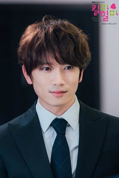 Actor Ji Sung being versatile sings  'Manchurian Violet' for 'Kill Me, Heal Me' OST - http://www.kpopmusic.com/artists/actor-ji-sung-being-versatile-sings-manchurian-violet-for-kill-me-heal-me-ost.html