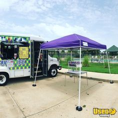 2010 Ford Snowball Truck Interior Lighting Louisiana Gas Engine for Sale Ice Car, Ice Truck, Street Food Business, Ice Shavers, Step Van, Engines For Sale, Concession Trailer, Truck Interior, Ready To Roll