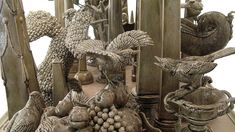 detail showing birds fighting