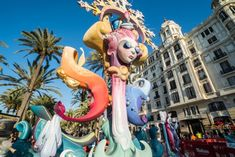 Take part in Alicante's festivals and discover a whole world of emotions. Alicante's festivals are one of the greatest attractions that Alicante city has to offer. Alicante, It Movie Cast, Movie Tv, It Cast, Awkward Family Photos, Date Outfit Summer, Teen Dating, Lifetime Movies, Fiestas